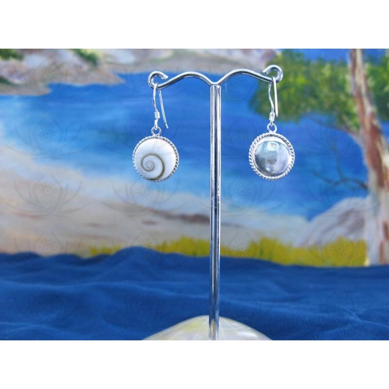 LE 0026 Earrings Shiva Eye Shell Silver