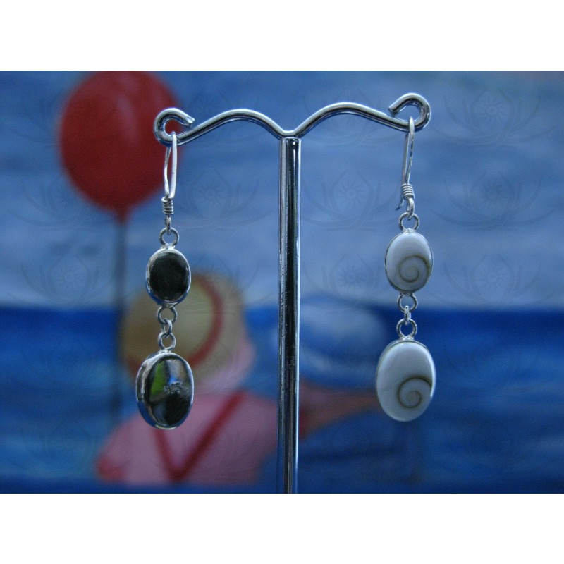 LE 0029 Earrings Shiva Eye Shell Silver
