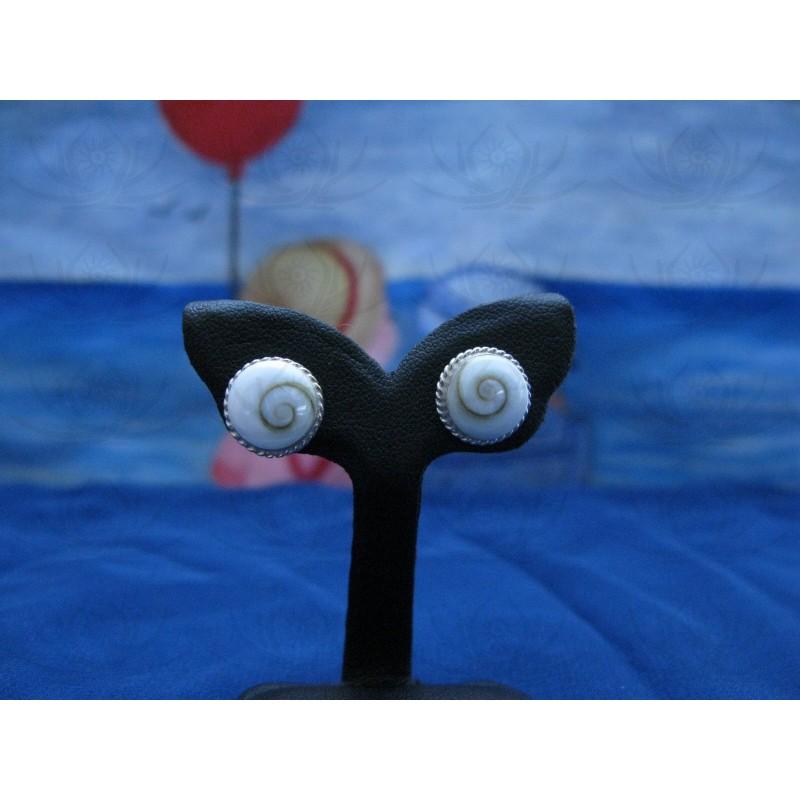LE 0044s Earrings Shiva Eye Shell Silver