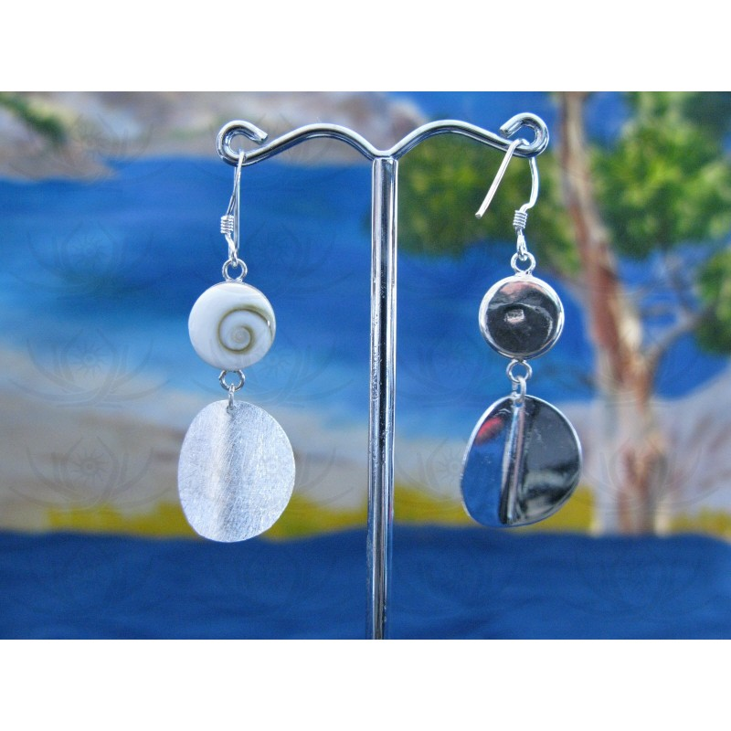 LE 0083 Earrings Shiva Eye Shell Silver