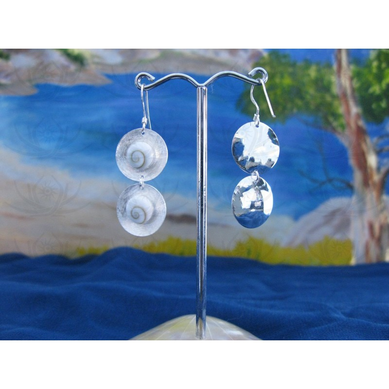 LE 0112 Earrings Shiva Eye Shell Silver
