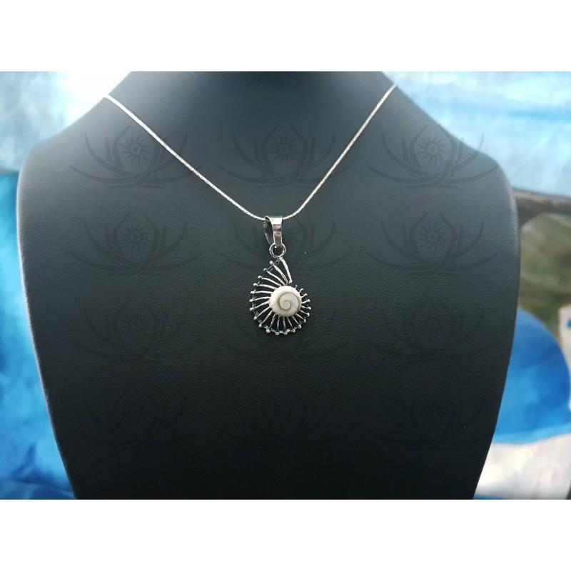 SP 0292 Pendant Shiva Eye Shell Silver