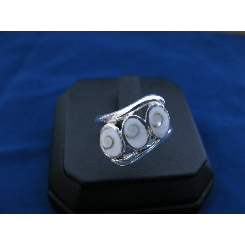 SR 0079 Ring Shiva Eye Shell Silver
