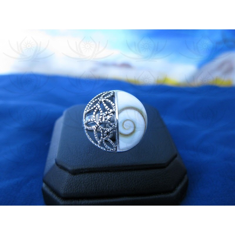 SR 0148 Ring Shiva Eye Shell Silver